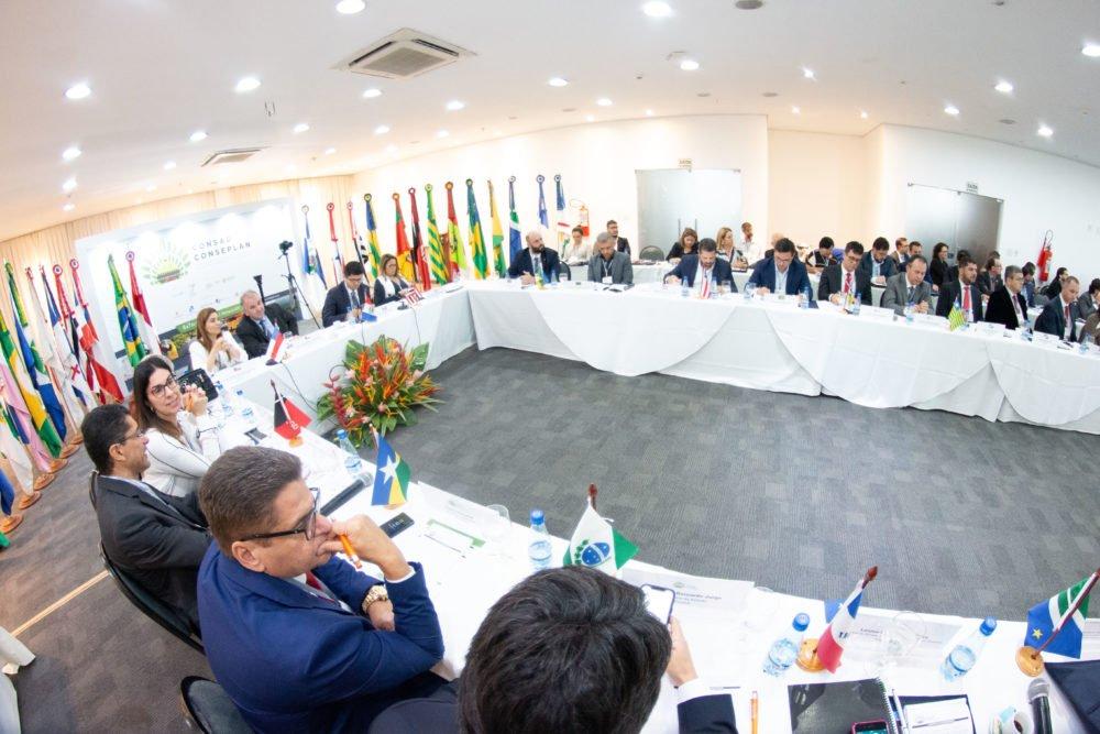 Consad participa de lançamento da Frente Parlamentar Mista para o Fortalecimento da Gestão Pública